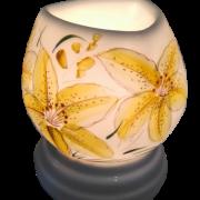 đèn xông tinh dầu tam giác